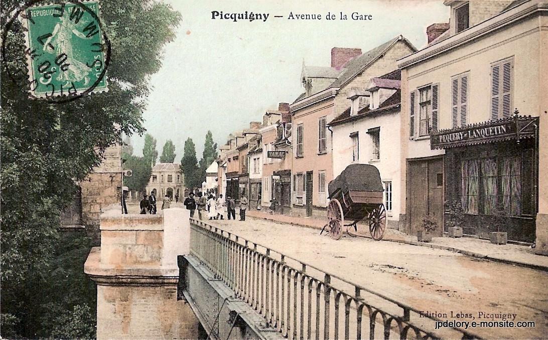 Rue de la gare