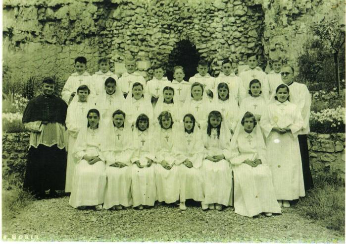 communion-1957.jpg